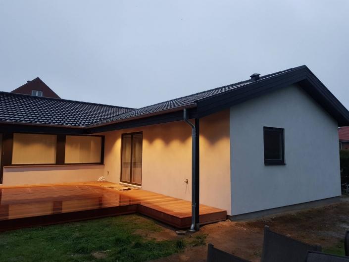Tilbygning af terrasse