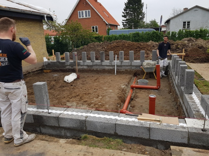 Tømrer til at bygge tilbygning