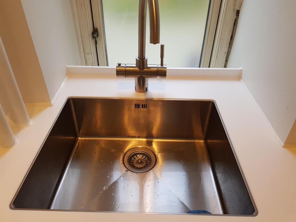 Håndvask i stål